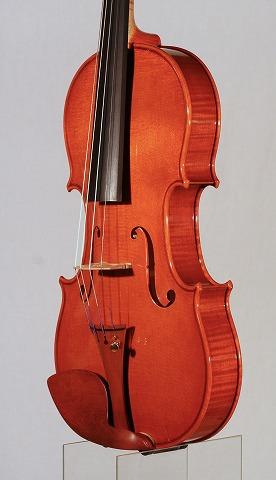新作バイオリンの音のご紹介。_d0047461_6541287.jpg