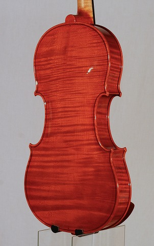 新作バイオリンの音のご紹介。_d0047461_701990.jpg
