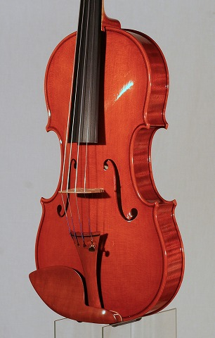 新作バイオリンの音のご紹介。_d0047461_70536.jpg