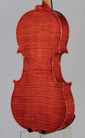 新作バイオリンの音のご紹介。_d0047461_705452.jpg