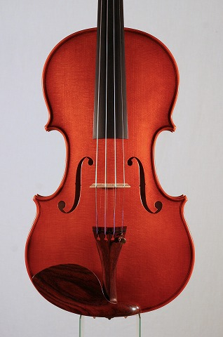 新作バイオリンの音のご紹介。_d0047461_7212539.jpg