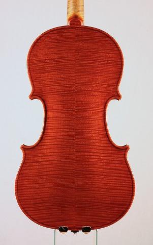 新作バイオリンの音のご紹介。_d0047461_7214180.jpg