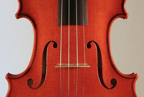 新作バイオリンの音のご紹介。_d0047461_722224.jpg