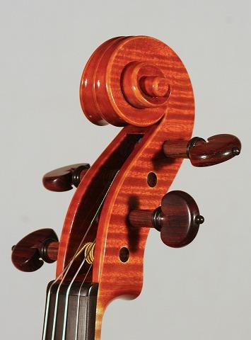 新作バイオリンの音のご紹介。_d0047461_722585.jpg