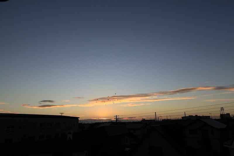 日の出位置も だいぶ変わってきた_a0160581_2134252.jpg
