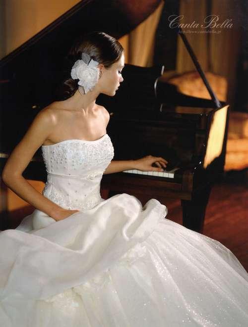 カンタベッラドレスのご紹介です♪_c0114560_1927814.jpg