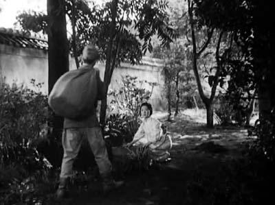 溝口健二監督『武蔵野夫人』(東宝、1951年、音楽監督・早坂文雄) その2_f0147840_22405380.jpg