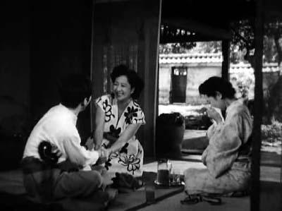 溝口健二監督『武蔵野夫人』(東宝、1951年、音楽監督・早坂文雄) その2_f0147840_22411166.jpg