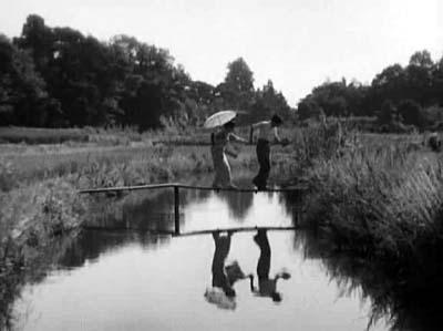 溝口健二監督『武蔵野夫人』(東宝、1951年、音楽監督・早坂文雄) その2_f0147840_22532726.jpg