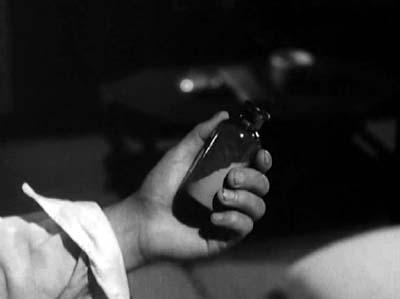 溝口健二監督『武蔵野夫人』(東宝、1951年、音楽監督・早坂文雄) その2_f0147840_23482851.jpg