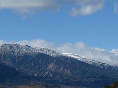 八ヶ岳初冠雪_f0019247_21541060.jpg