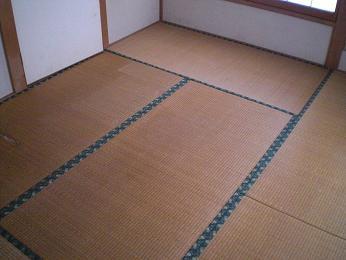 入居前の中古住宅リフォーム中です。~ 和室の畳と襖_d0165368_5202024.jpg