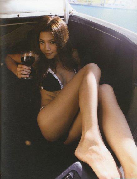 周秀娜 Chrissie Chau_a0118453_1353447.jpg