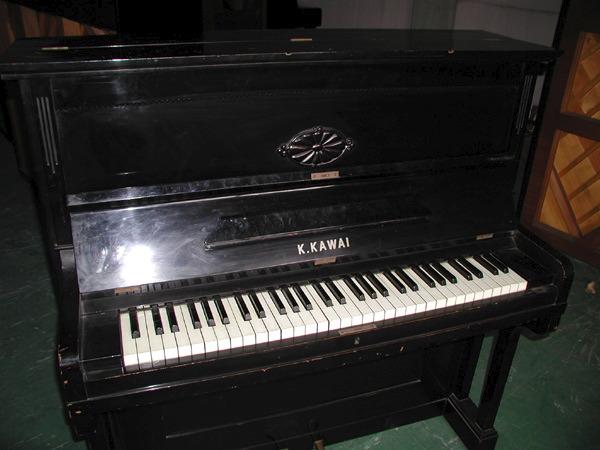 最近のピアノ市場!?_c0185356_147713.jpg
