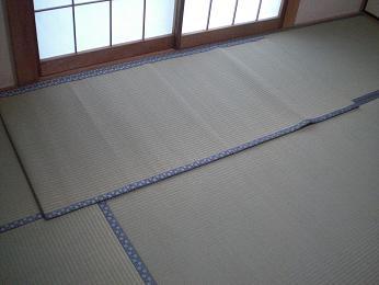 入居前の中古住宅リフォーム中です。~ 和室の畳と襖の張替え完成_d0165368_545491.jpg
