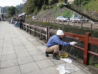 第1回ワークショップ開催     ペンキ塗り_b0092684_22345391.jpg
