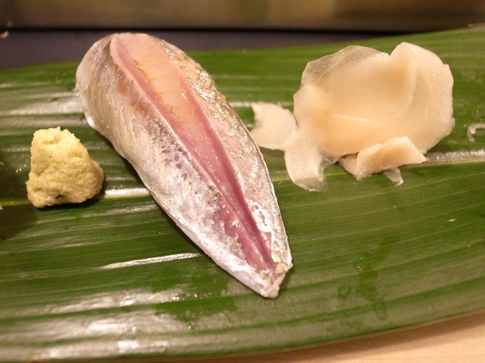 近所のお寿司屋さん_f0223603_1854736.jpg