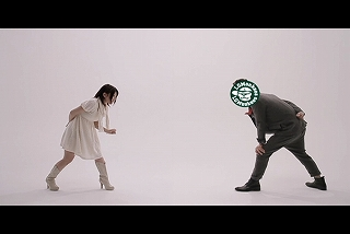 "AKB48""じゃんけん大会""優勝の女神が、LGMonkeesとじゃんけん共演!!_e0025035_129791.jpg"