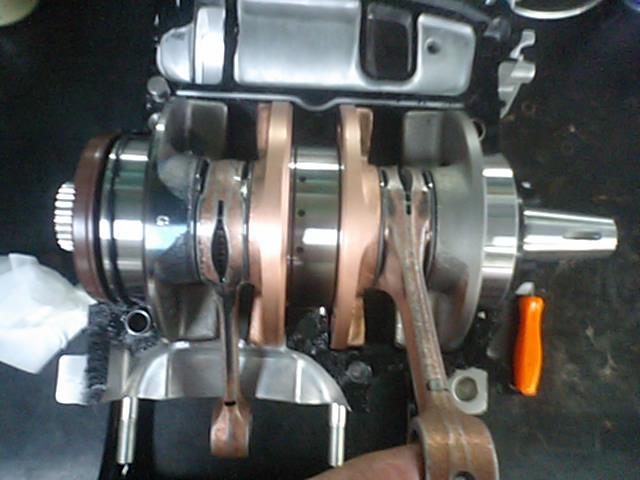 MC21エンジン組み上げ!_e0114857_2247189.jpg