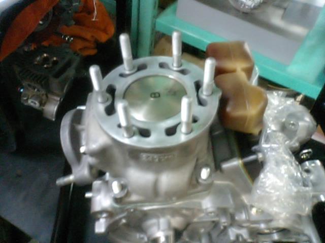 MC21エンジン組み上げ!_e0114857_2362647.jpg