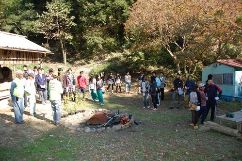 岬高校「MISAKIプロジェクト2010」;孝子の森植樹サポート_c0108460_2013104.jpg