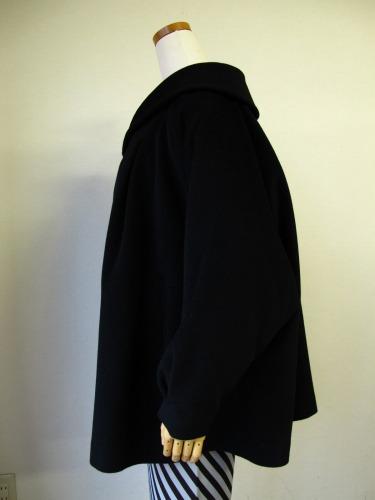 ファーの付け襟コート 「Charade(シャレード)」_e0115399_1325974.jpg