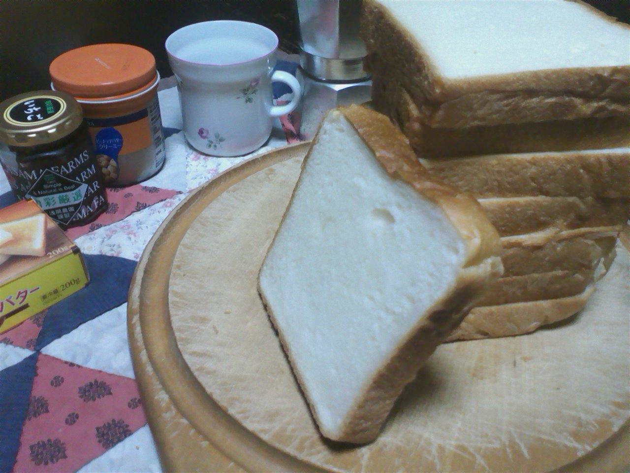 村のパン_c0206645_1018577.jpg