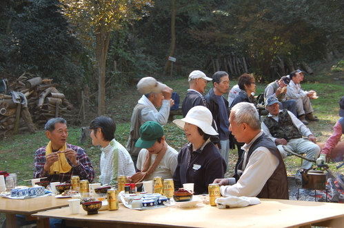 孝子の森「周回路開通パーティー」 & 孝子地区住民交流会_c0108460_22405414.jpg