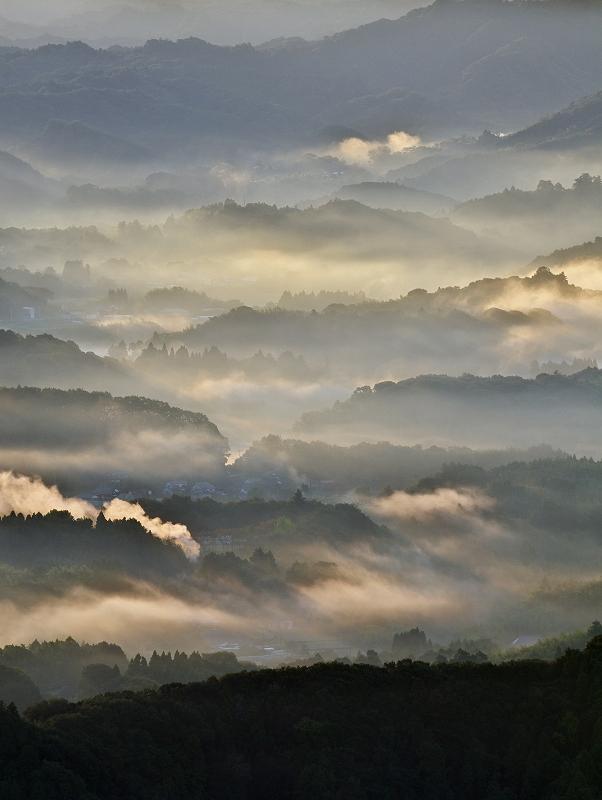 沸き立つ霧 1_f0018464_2028824.jpg