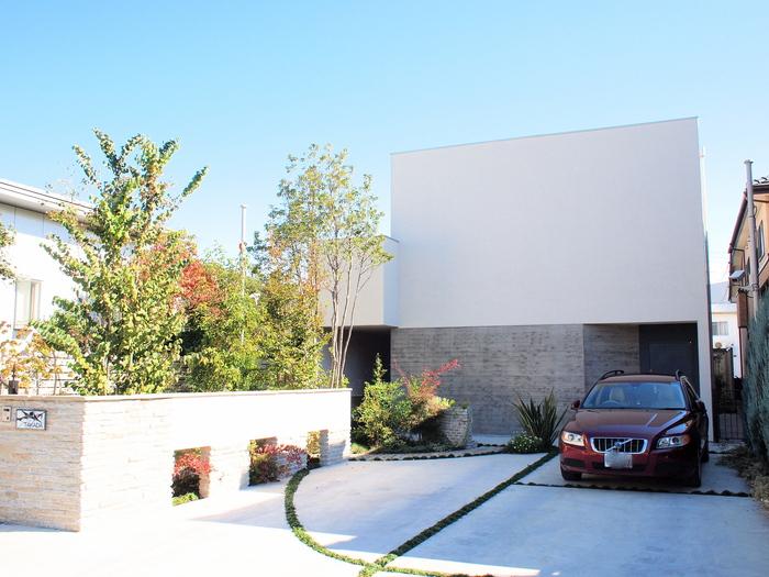 「鶴ヶ島の家」 アプローチ 玄関 坪庭 居間へ……_f0230666_1029075.jpg