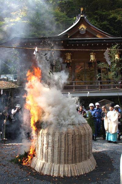 貴船神社 お火焚き祭 2_e0048413_23194220.jpg