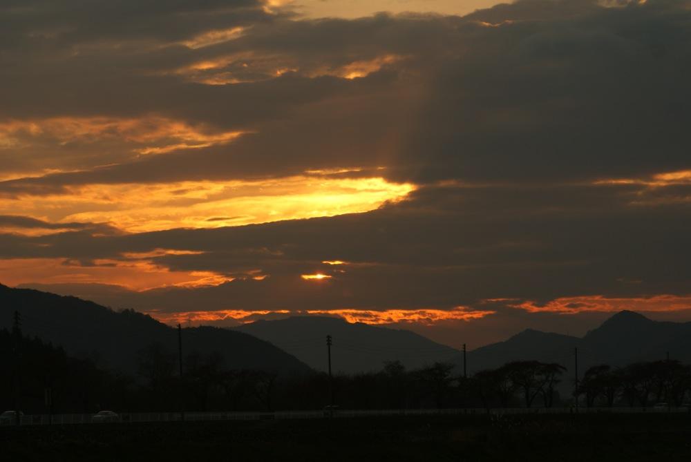 今日の夕陽_d0001843_20562686.jpg