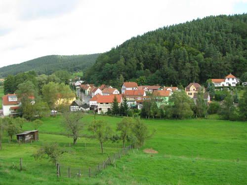 オパの散歩道3 歩いて旧東ドイツまで Jenaを目指して_f0116158_2291170.jpg