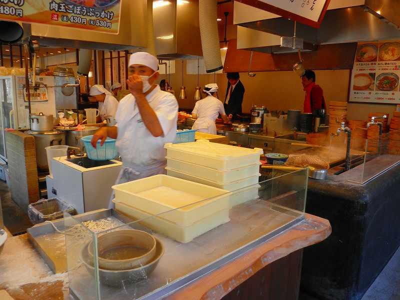 丸亀製麺    生野巽店_c0118393_964462.jpg