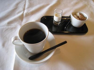 6月 山代温泉 べにや無何有 朝風呂とヨガと朝食と _a0055835_1620657.jpg