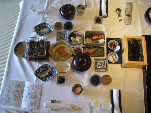 6月 山代温泉 べにや無何有 朝風呂とヨガと朝食と _a0055835_1675248.jpg
