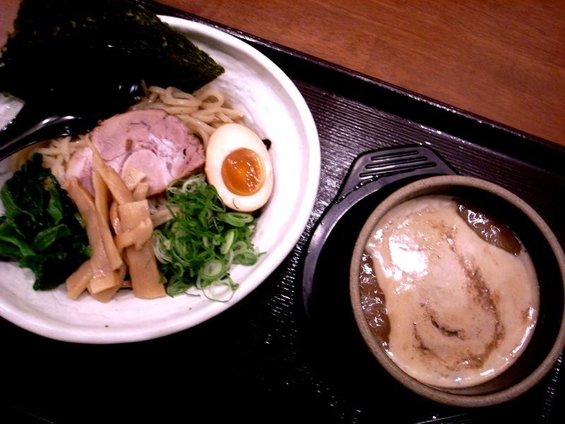つけ麺 真 (ジン)_c0009443_14543320.jpg