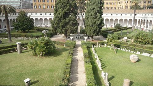 ローマのb&bでほっくりしています♪_f0106597_4342422.jpg