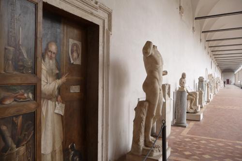 石棺も色々です~ローマ国立博物館_f0106597_644798.jpg