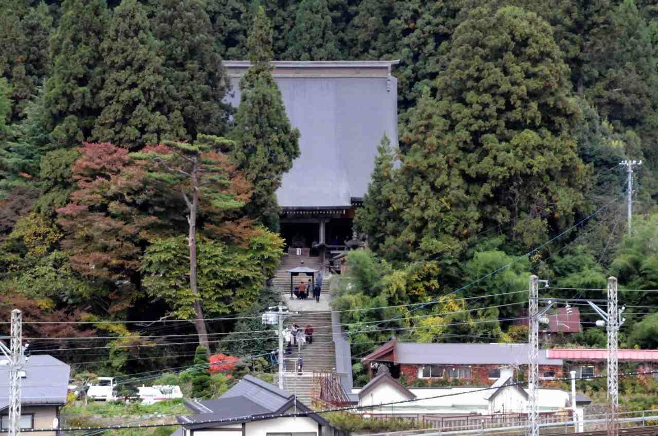 山寺の紅葉_a0148206_1005790.jpg
