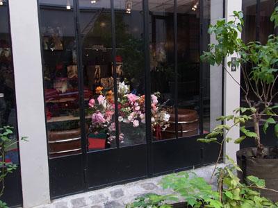 Parisのお洒落セレクトショップ 「merci」_f0134809_9543495.jpg