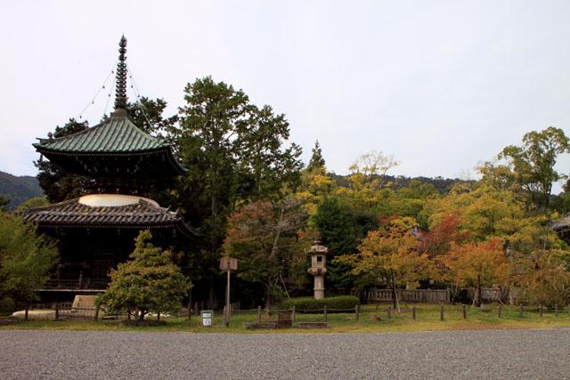 嵯峨釈迦堂(清涼寺)_e0048413_18431694.jpg