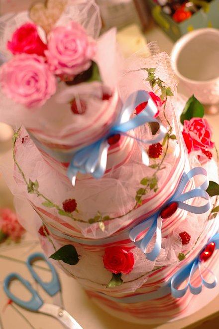 ピンクのオムツケーキ_e0171336_18541094.jpg