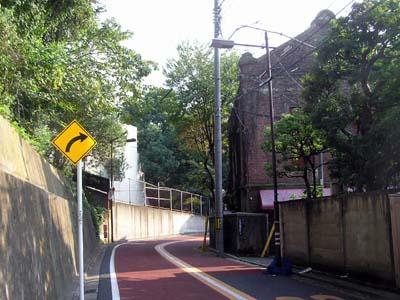 『牡丹燈籠』散歩2 根津清水谷の萩原新三郎寓居はどこにあったのか?  _f0147840_2243866.jpg