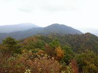 鍋坂山と大出日山・その1_b0156456_1854090.jpg