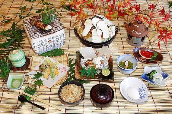 松茸小屋で 松茸尽くしのお料理を・・_f0236260_15171364.jpg