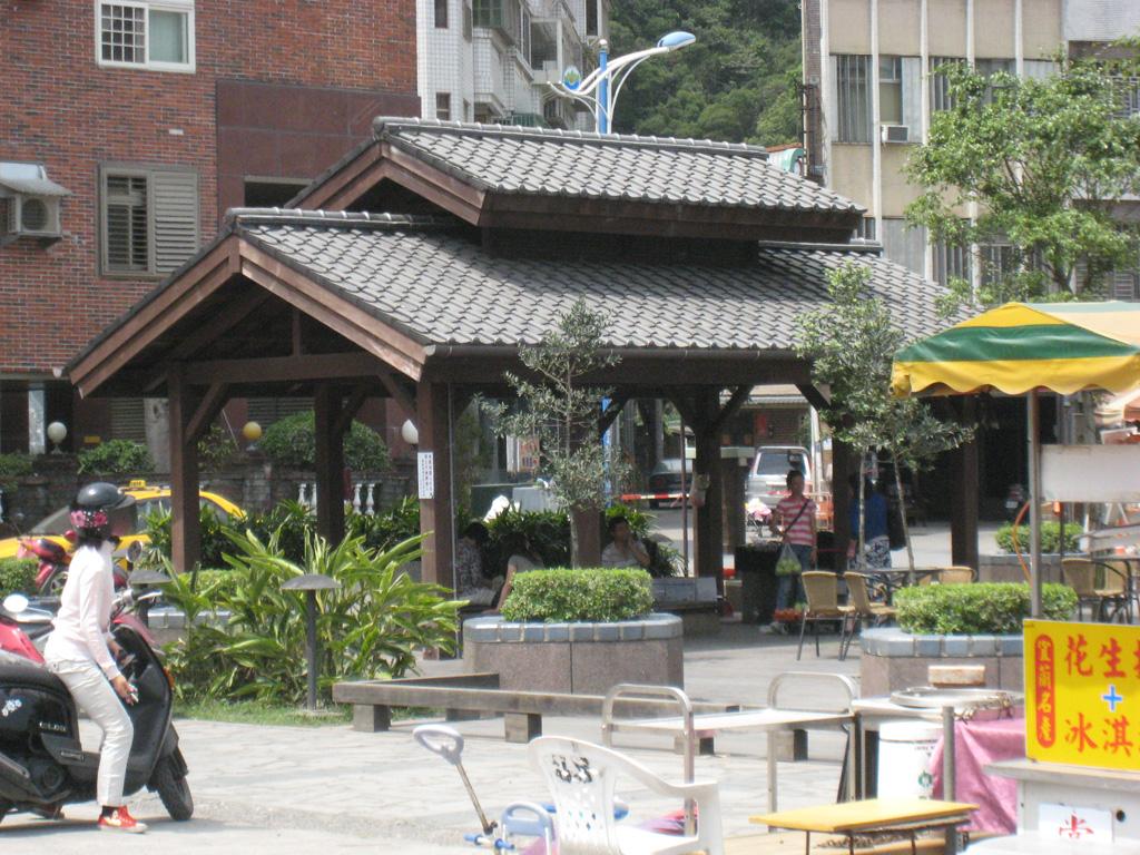 麗しの島 台湾旅行記その148 礁渓の街 その7_e0021092_1112277.jpg