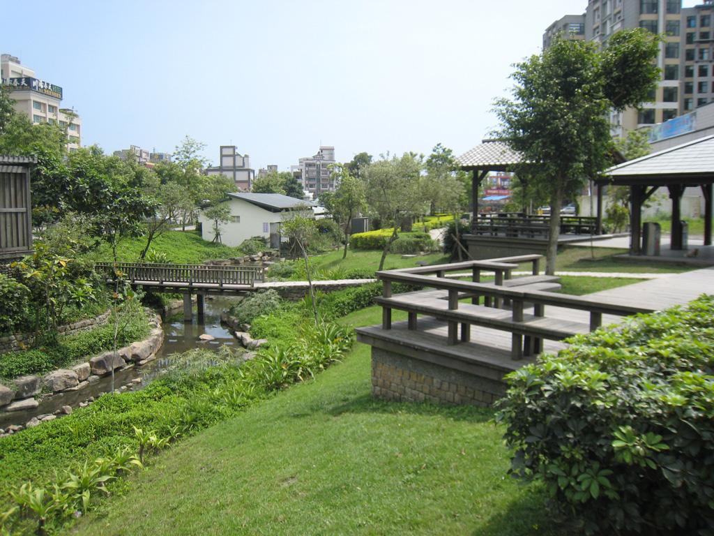 麗しの島 台湾旅行記その148 礁渓の街 その7_e0021092_117326.jpg