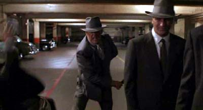 リー・タマホリ監督『マルホランド・フォールズ』(邦題・狼たちの街、1996年) その2_f0147840_2346318.jpg