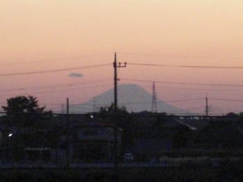 初富士山の夕日・・・そして、初、朝の富士山_b0111791_19154449.jpg